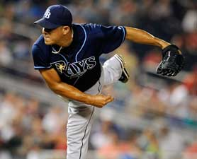 baseball-pitching-tricks-120625-675412-