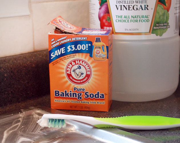 Easy and Inexpensive DIY Recipes for 10 Common Cleaning Products ...