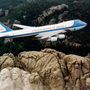 air-force-one-300-image1