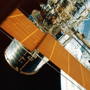 hubble-space-300